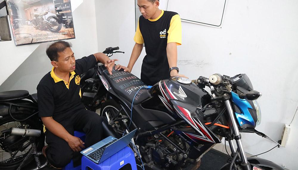 Cara Kerja Mesin 2 TAK | Pengertian Motor Bakar | kursus Mekanik Motor Online